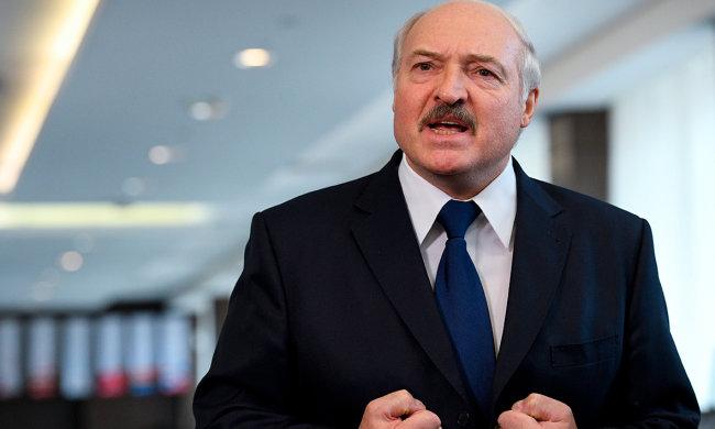 Лукашенко собрался в Киев на тракторе: что происходит с президентом Беларуси