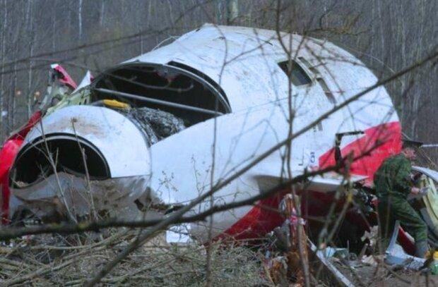 Обломки Ту-154 польского президента Леха Качиньского. Фото: скриншот YouTube