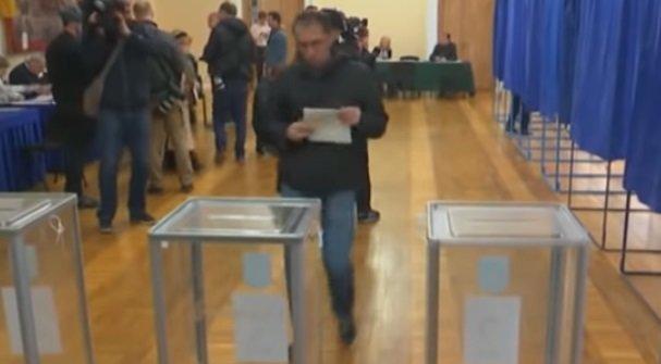 В 23 регионах Украины проводятся местные выборы – подробности