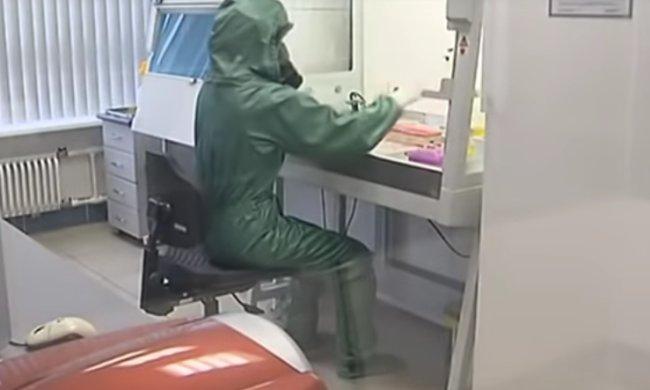 В Киев завезли экспресс-тесты. Фото: youtube