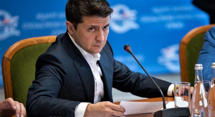Зеленский устроил массовые чистки: 11 чиновников уже уволены, за кем зашатался стул