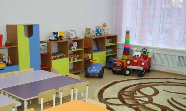 Без мягких игрушек и игр: в Днепре открывают садики, новые правила коснуться всех