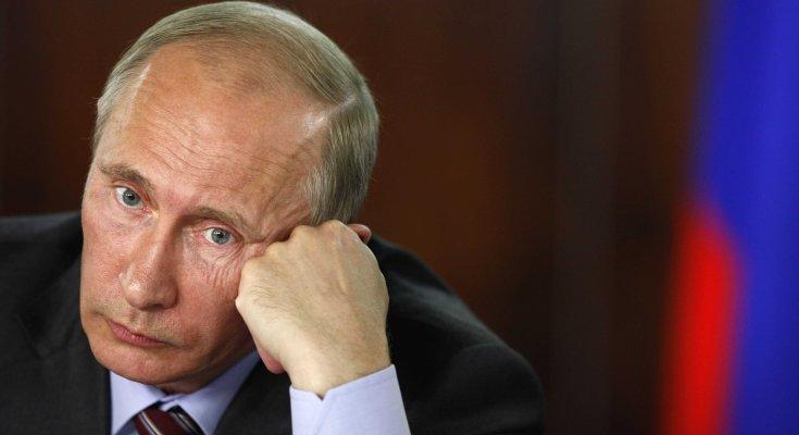 Российские корыта потекли посреди Керченского пролива: громкое шоу превратилось в оглушительный позор, видео