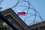 """Премьер Франции намекнул Путину на конец санкций и назвал условие: """" Я думаю, Россия знает»"""