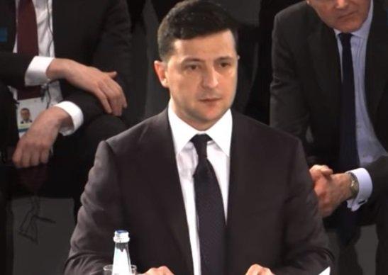 Главное за 17 февраля: Зеленский уже пожалел, люди идут на Майдан,  пенсий не будет, космические тарифы, доступная связь пенсионерам, лето зимой