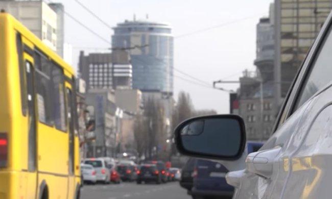 Фото и видео фиксация на дорогах столицы. Фото: скриншот YouTube