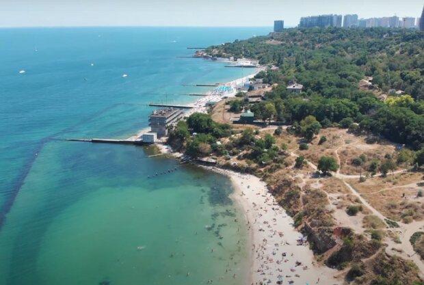 Одесский пляж. Фото: YouTube, скрин