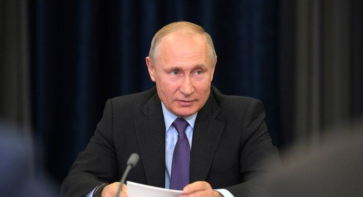 Путин приказал срочно раздавать российские паспорта на Донбассе. Война уже близко