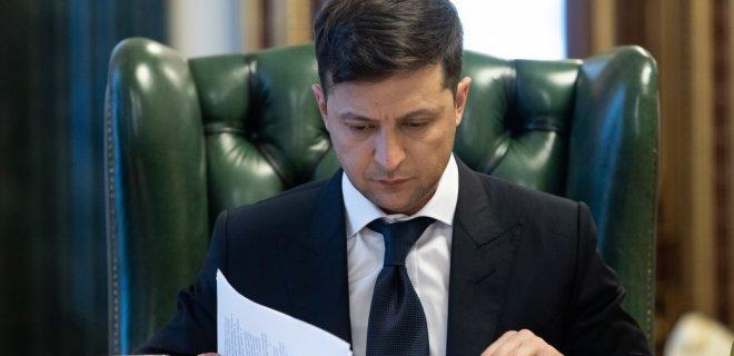 Парубий хорошенько получил от Зеленского: президента уже достало