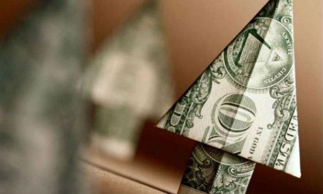 Удар ниже пояса: курс доллара перегонит все рекорды. Украинцев предупредили. Вот вам и осень!