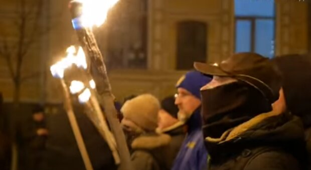 Марш Степана Бандеры в Киеве. Фото: скриншот YouTube-видео
