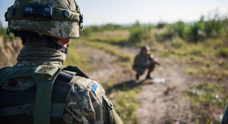 Перемирие на Донбассе и свобода украинских пленных. Подробности переговоров