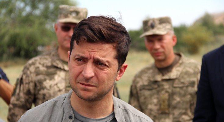Зеленский внес изменения в положение о военной службе. Речь идет о войне