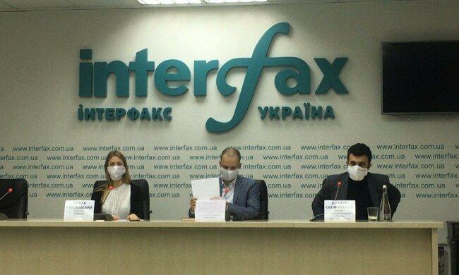 Волонтери з «Безпечного вибору» ініціювали збір масок для киян від кандидатів у мери Києва