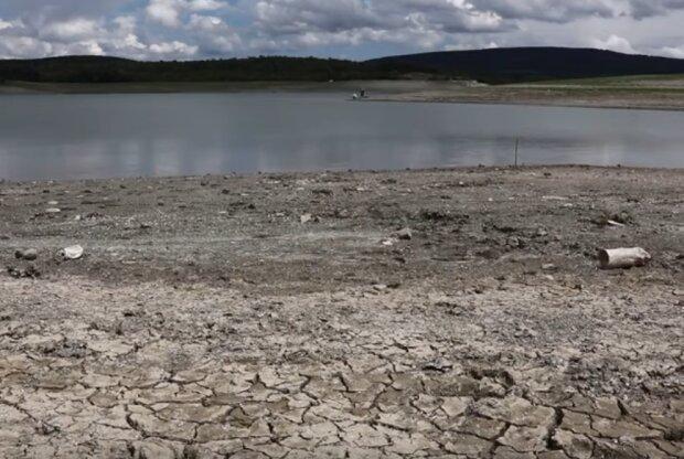 В Крыму заканчивается вода в водохранилищах. Фото: скриншот YouTube