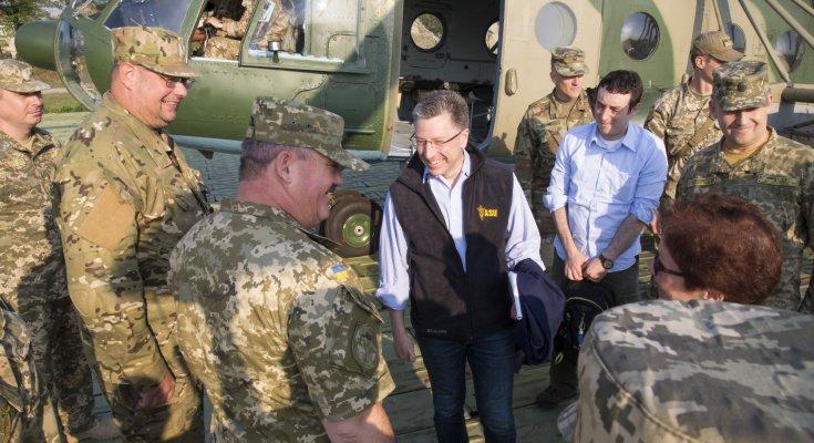 Волкер сразу после выборов срочно летит в Украину