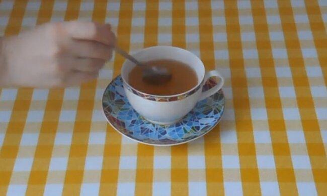 Чай. Фото: скриншот YouTube-видео