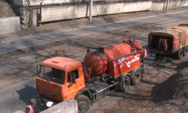 Дорожные рабочие. Фото: скриншот Youtube-видео