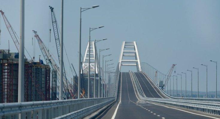Уничтожат за считанные минуты: названо оружие, способное разрушить незаконно построенный Крымский мост