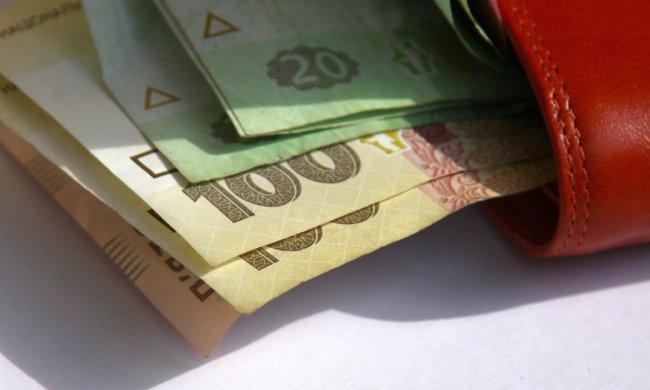 Идем в Европу: украинцам повышают зарплаты - кому и на сколько