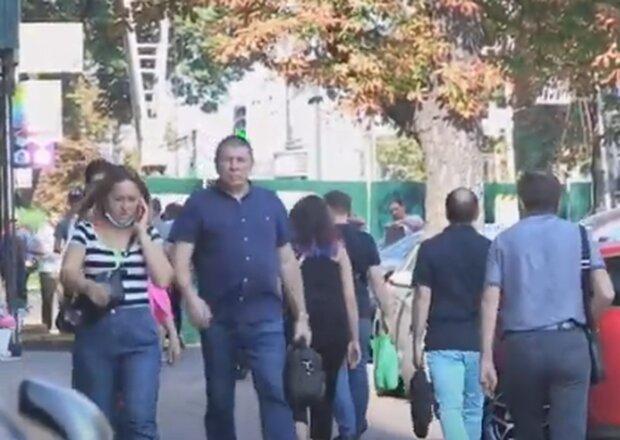 Люди. Фото: скриншот Youtube-видео