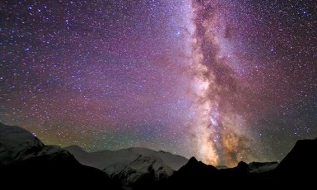 Звездное небо. Фото: скриншот Youtube-видео