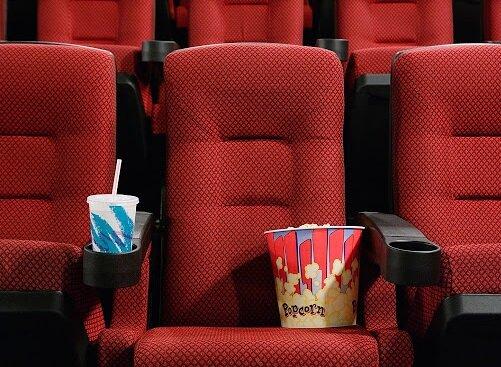 Кинотеатр. Фото: скриншот YouTube.