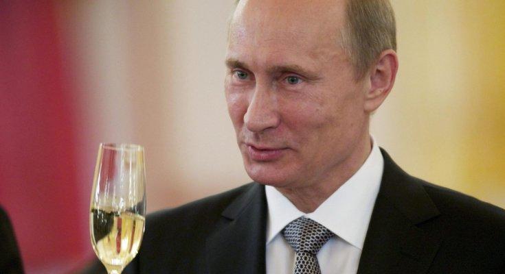 В Кремле празднуют возврат РФ в ПАСЕ и ждут решение по Крыму