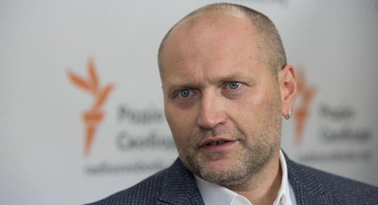 Депутат Береза набросился на россиян: я вам сейчас морды разобью! Видео