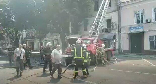 Пожар в Одессе. Фoто: скриншот Youtube