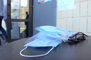 МОН не даст школам деньги на маски и антисептики. Фото: youtube