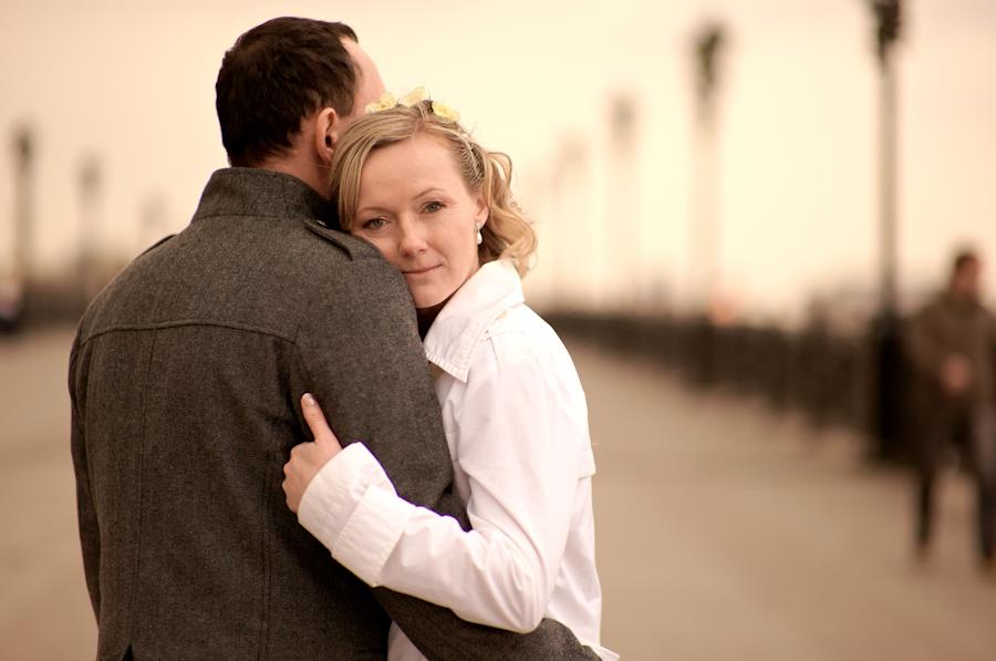 Фильмы про отношения парня и зрелой женщины ролики врача секс