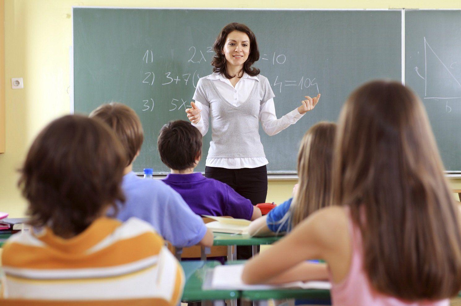 school-teacher-year-pic