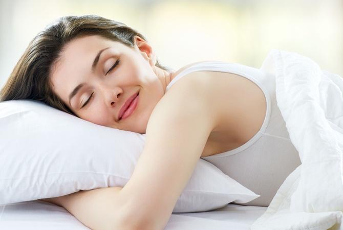 Медики рассказали, о каких проблемах говорит постоянное желание спать